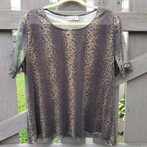 Animal Print Top Size XL Short  Sleeves ERENA